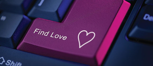 the downside of online dating Since the launch of matchcom in 1995, men and women have struggled with the pros and cons of online dating millions of people log onto internet dating sites, chat rooms and matchmaker services in an effort to find that special someone.