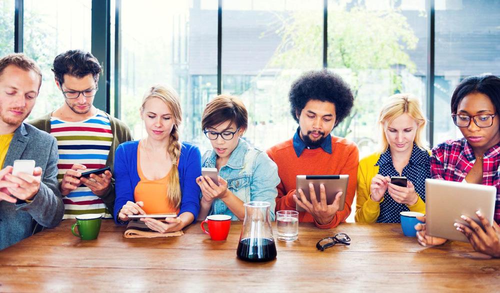 Should We Make Friends Online?